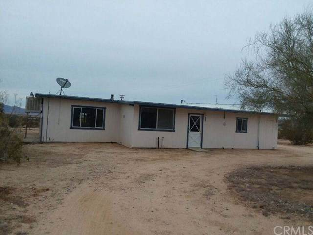 292 Bluegrass Avenue, 29 Palms, CA 92277 (#JT19279673) :: RE/MAX Empire Properties