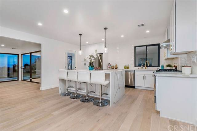 7034 Middlesbury Ridge Circle, West Hills, CA 91307 (#SR19279804) :: EXIT Alliance Realty