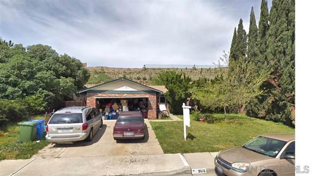 9616 Medina Dr, Santee, CA 92071 (#190064776) :: Mainstreet Realtors®