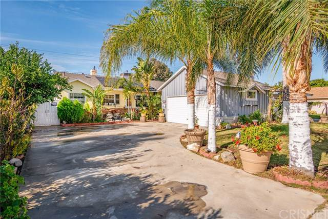 7317 Genesta Avenue, Lake Balboa, CA 91406 (#SR19233125) :: The Brad Korb Real Estate Group