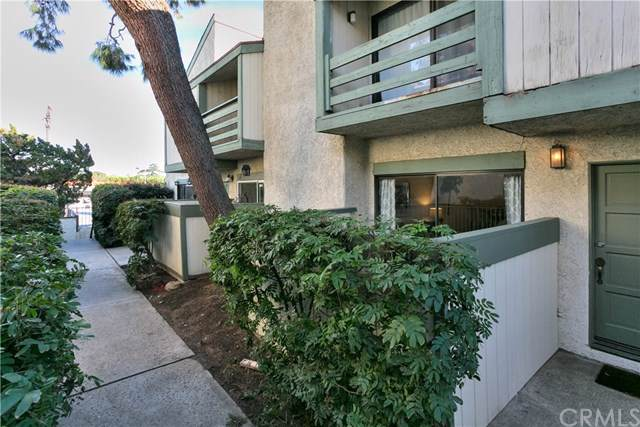 7550 Zombar Avenue #17, Van Nuys, CA 91406 (#BB19252511) :: The Brad Korb Real Estate Group