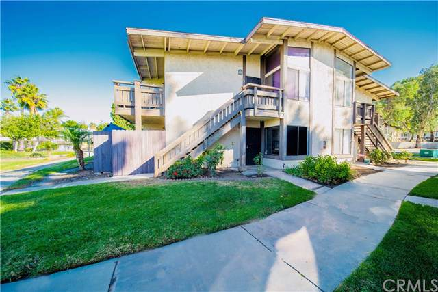 1150 S Meadow Lane #49, Grand Terrace, CA 92324 (#DW19279118) :: Mark Nazzal Real Estate Group