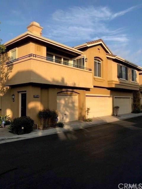 2785 N Rochester Drive A, Orange, CA 92867 (#PW19279991) :: Crudo & Associates