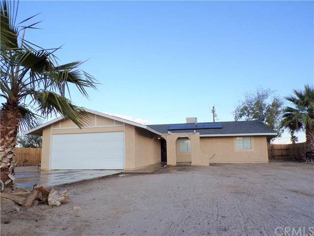 6749 Morongo Road, 29 Palms, CA 92277 (#JT19280267) :: J1 Realty Group