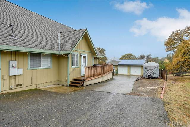 19107 Deer Hill Road, Hidden Valley Lake, CA 95467 (#LC19279814) :: The Ashley Cooper Team