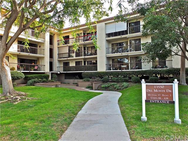 13550 Del Monte Drive M17-92A, Seal Beach, CA 90740 (#PW19280194) :: Crudo & Associates