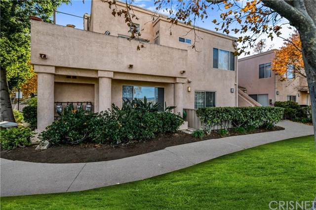 24485 Valle Del Oro #103, Newhall, CA 91321 (#SR19280612) :: Sperry Residential Group