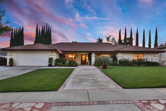 1777 N Laurel Avenue, Upland, CA 91784 (#CV19280431) :: The Costantino Group | Cal American Homes and Realty