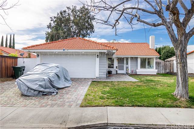 29613 Chelsea Street, Castaic, CA 91384 (#SR19280933) :: Sperry Residential Group