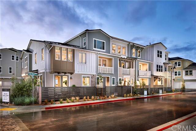 1119 Makena Way, Oceanside, CA 92054 (#OC19280978) :: Sperry Residential Group