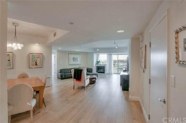 13600 Marina Pointe Drive #506, Marina Del Rey, CA 90292 (#SB19280996) :: Crudo & Associates