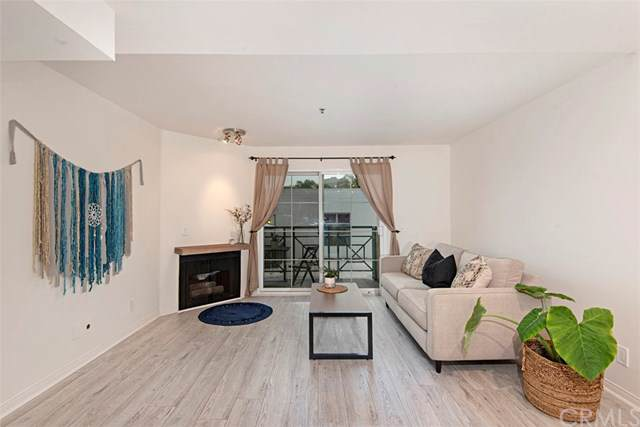 801 Pine Avenue #212, Long Beach, CA 90813 (#OC19280719) :: Sperry Residential Group