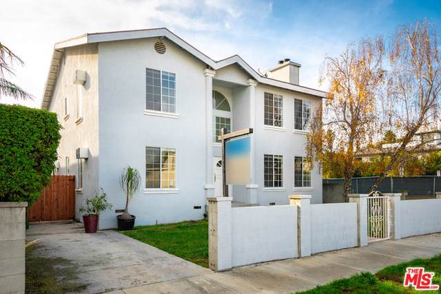 3207 Thatcher Avenue, Marina Del Rey, CA 90292 (#19522808) :: Crudo & Associates