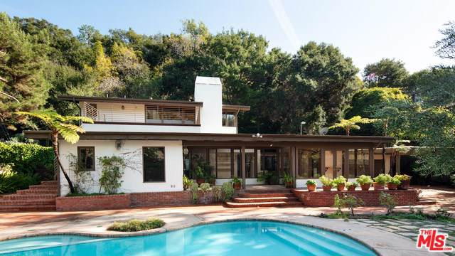 13 Latimer Road, Santa Monica, CA 90402 (#19535714) :: Sperry Residential Group