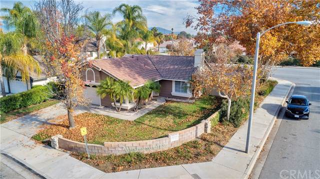 2595 Shady Glen Lane, San Bernardino, CA 92408 (#EV19281057) :: Team Tami