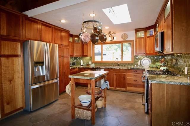 10711 Prince Ln, La Mesa, CA 91941 (#190065061) :: The Laffins Real Estate Team