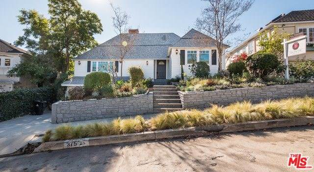 375 Dalkeith Avenue, Los Angeles (City), CA 90049 (#19536952) :: Sperry Residential Group