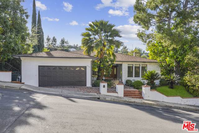 11418 Dona Pegita Drive, Studio City, CA 91604 (#19536970) :: Sperry Residential Group