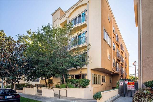 1741 S Bentley Avenue #1, Los Angeles (City), CA 90025 (#SB19281038) :: Sperry Residential Group