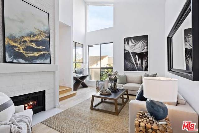 15340 Albright Street #308, Pacific Palisades, CA 90272 (#19536966) :: Sperry Residential Group
