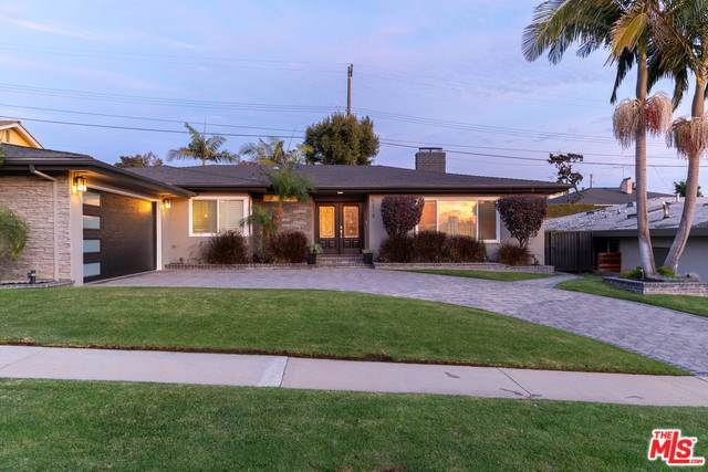 5218 Reynier Avenue, Los Angeles (City), CA 90056 (#19534720) :: Team Tami