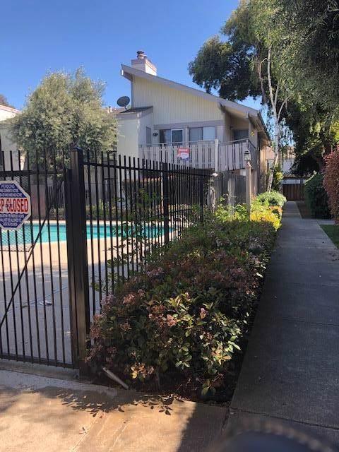 3819 Seven Trees Boulevard #302, San Jose, CA 95111 (#ML81777363) :: Sperry Residential Group