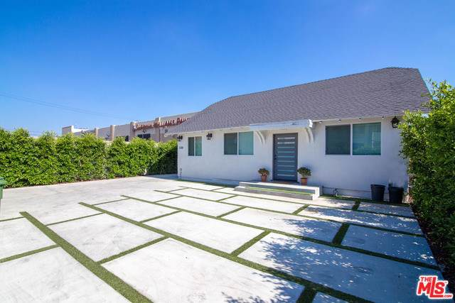 5318 Lemon Grove Avenue, Los Angeles (City), CA 90038 (#19536574) :: Frank Kenny Real Estate Team, Inc.