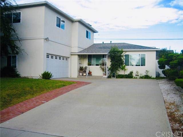 7949 Ramsgate Avenue, Westchester, CA 90045 (#SR19277959) :: Sperry Residential Group