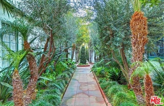 1444 N Hayworth Avenue, West Hollywood, CA 90046 (#19537096) :: That Brooke Chik Real Estate