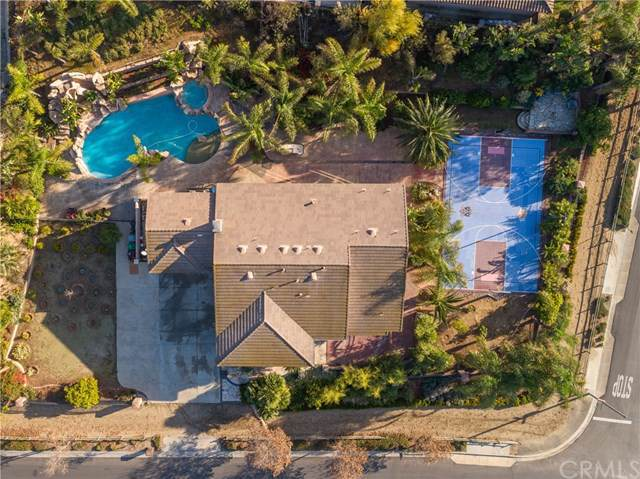 1592 El Paso Drive, Norco, CA 92860 (#IG19281396) :: Sperry Residential Group