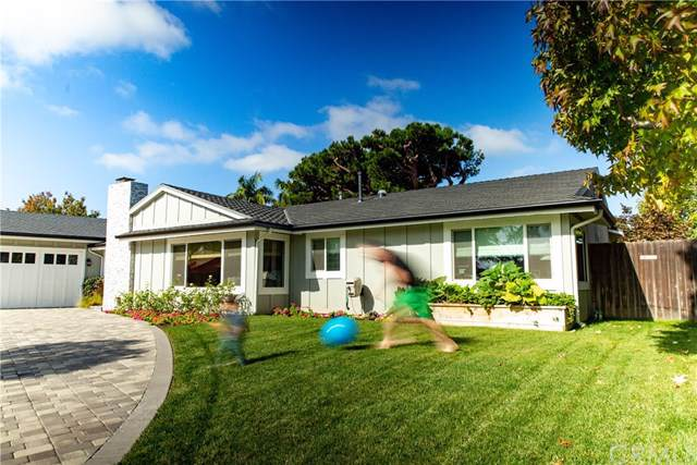1711 Skylark Lane, Newport Beach, CA 92660 (#NP19281295) :: The Costantino Group | Cal American Homes and Realty