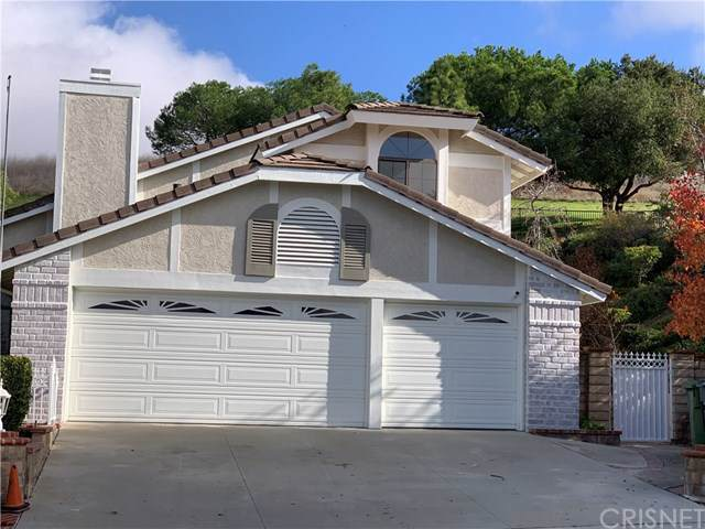 2739 Queens Way, Thousand Oaks, CA 91362 (#SR19262163) :: The Costantino Group | Cal American Homes and Realty