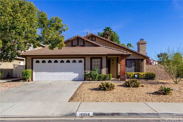 10668 Ridgefield, Moreno Valley, CA 92557 (#IG19270043) :: RE/MAX Masters