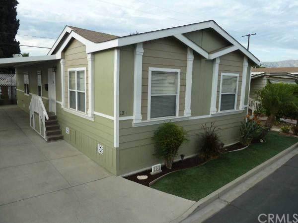 2755 Arrow Highway #13, La Verne, CA 91750 (#OC19281494) :: Allison James Estates and Homes