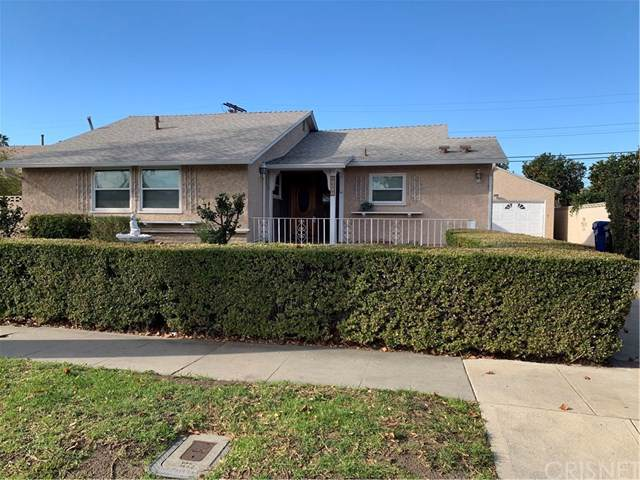 10505 Langdon Avenue, Mission Hills (San Fernando), CA 91345 (#SR19285481) :: Twiss Realty