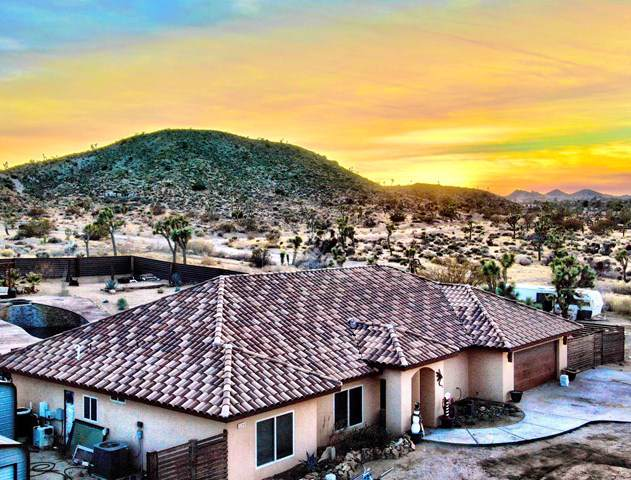 57919 Sierra Vista Drive, Yucca Valley, CA 92284 (#219035934PS) :: Sperry Residential Group