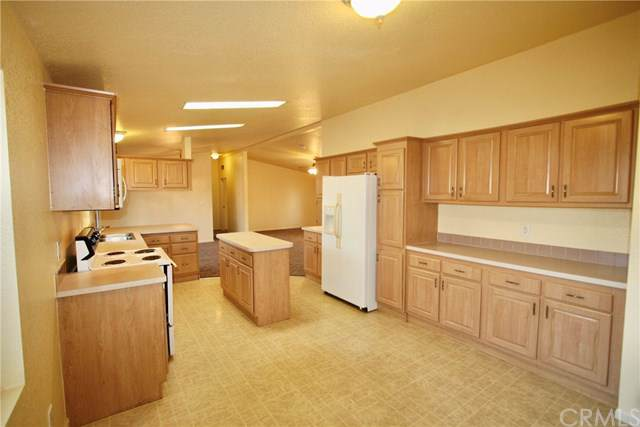 4061 Kensington Way, Lucerne, CA 95458 (#LC19283455) :: eXp Realty of California Inc.