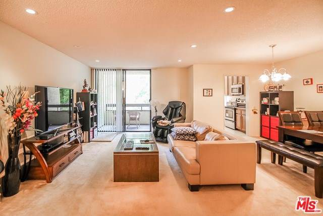 4000 Via Marisol #202, Los Angeles (City), CA 90042 (#20540198) :: Sperry Residential Group