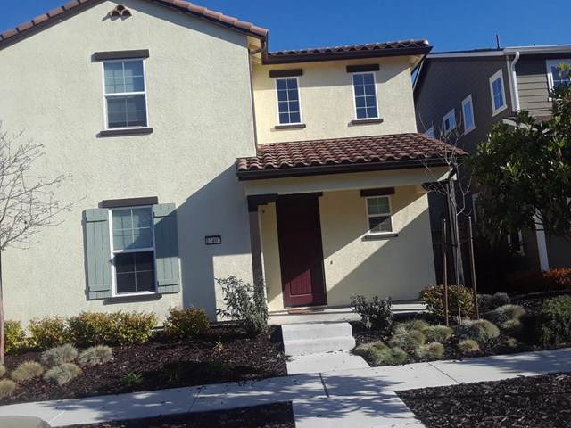 17407 Logan Street, Outside Area (Inside Ca), CA 93933 (#ML81778124) :: J1 Realty Group