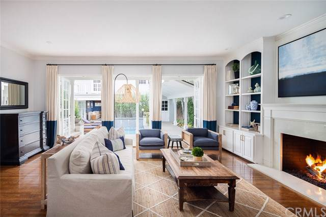 525 Catalina Drive, Newport Beach, CA 92663 (#NP20001774) :: Sperry Residential Group