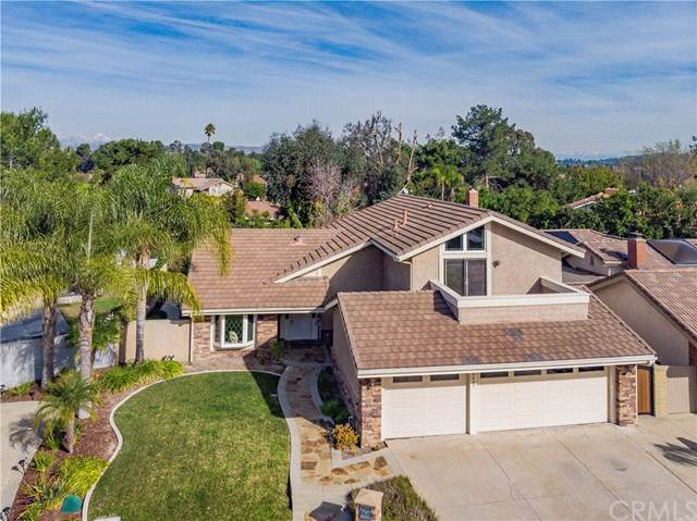5407 E Indian Wells Court, Anaheim Hills, CA 92807 (#PW20001897) :: Sperry Residential Group