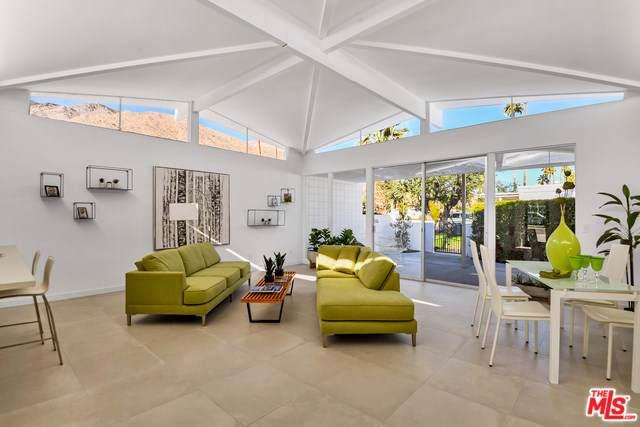 302 E Avenida Granada, Palm Springs, CA 92264 (#19539206) :: J1 Realty Group