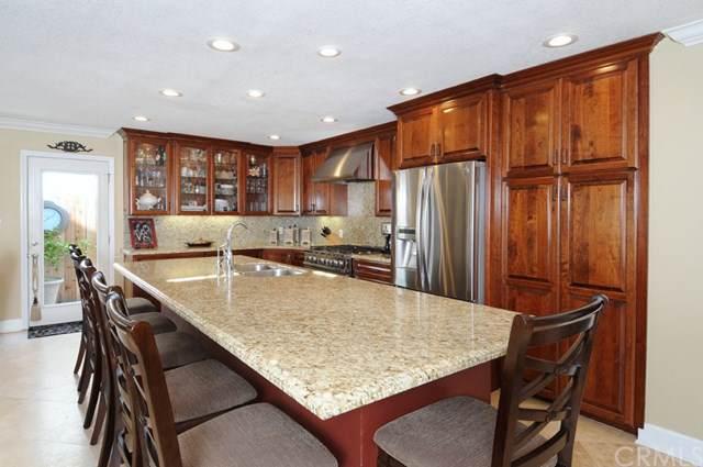 20311 Mansard Lane, Huntington Beach, CA 92646 (#OC20003258) :: Z Team OC Real Estate