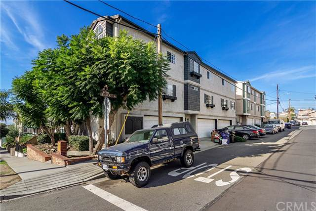 907 5th Street, Hermosa Beach, CA 90254 (#SB20003662) :: RE/MAX Estate Properties