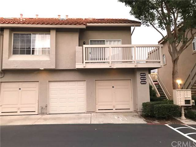 18941 Canyon Hill Drive, Lake Forest, CA 92679 (#LG20004001) :: Doherty Real Estate Group