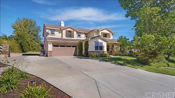 30161 Valley Glen Street, Castaic, CA 91384 (#SR20005942) :: The Marelly Group | Compass