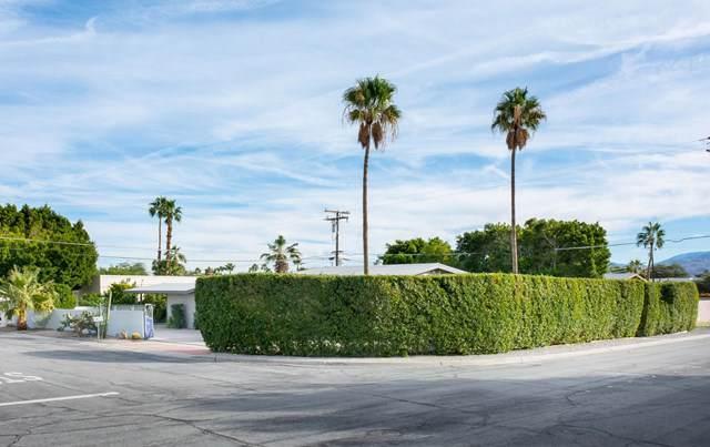 2111 Wayne Road, Palm Springs, CA 92262 (#219036522DA) :: Millman Team