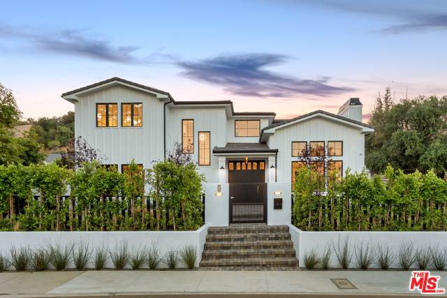 17173 Strawberry Drive, Encino, CA 91436 (#20539936) :: J1 Realty Group