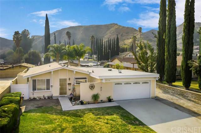 29713 Wisteria Valley Road, Canyon Country, CA 91387 (#SR20004773) :: RE/MAX Estate Properties