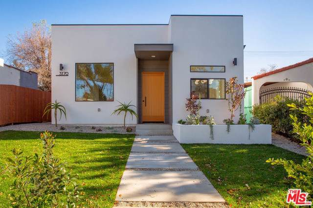 3170 Glenmanor Place, Los Angeles (City), CA 90039 (#20542182) :: J1 Realty Group
